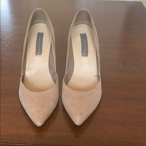Steve Madden classic nude pumps size 8.5